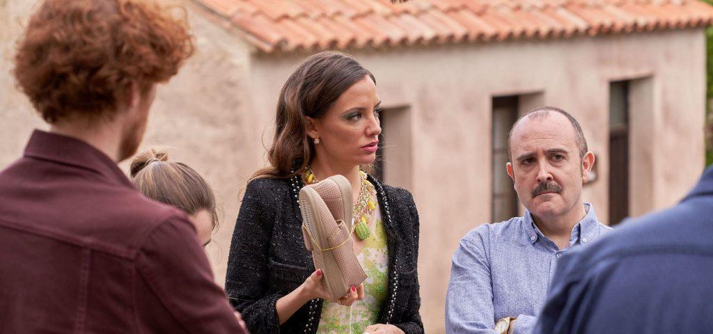 Escena de María Hervás en la serie El Pueblo