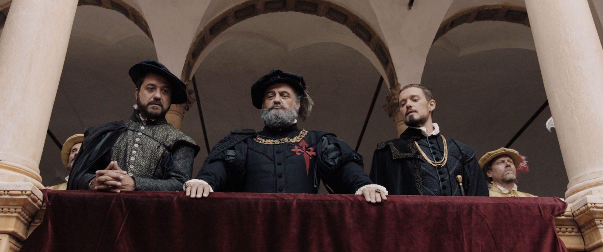Enrique Arce, Francesc Orella y Federico Aguado, rodaje 'Inés del alma mía' (2019)