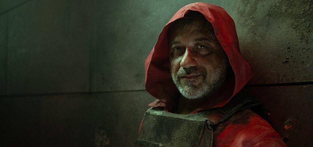 Enrique Arce como Arturo Román en La casa de papel 5